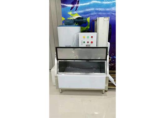 海南某水产店500公斤片冰机案例